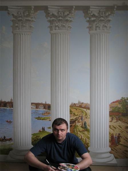 Александр Левченков. Среди колонн. 2011.